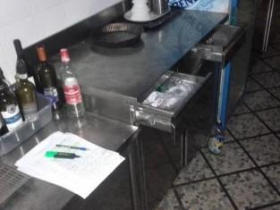 banco da lavoro con 2 cassetti e due ante (1).jpg