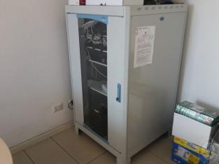 Fig 1 - Vendita in blocco di armadio r...