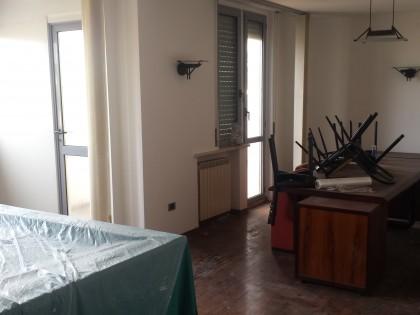Fig 1 - Appartamento ad uso residenzia...