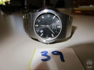 RM9904_1309-1.JPG
