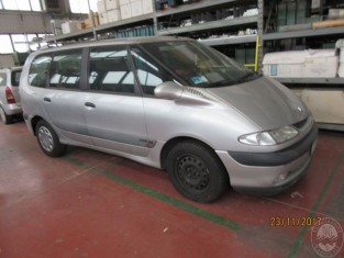Fig 1 - Fig 1 - AUTOMEZZO MARCA RENAULT MODELL...