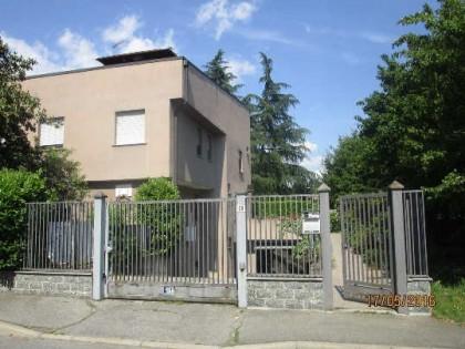 Fig 1 - Villetta bifamiliare a Legnano...