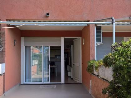 Fig 1 - abitazione di tipo civile e au...