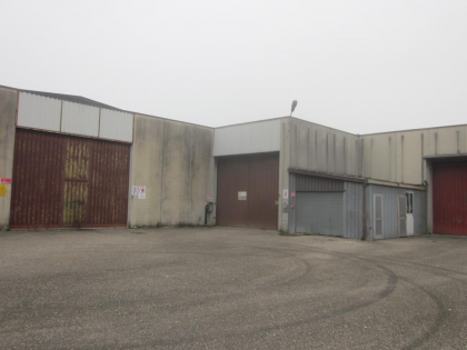 Fig 3 - Edificio industriale suddiviso...