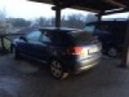 Fig 1 - Autovettura Audi A3 targa CG88...