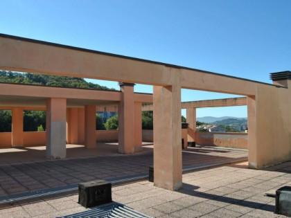 Lastrico solare in corso di costruzione complesso fontana loc olmo