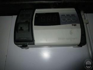 RF35417_1-1.JPG