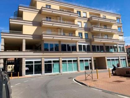Fig 1 - Immobile in Cossato (BI), via...