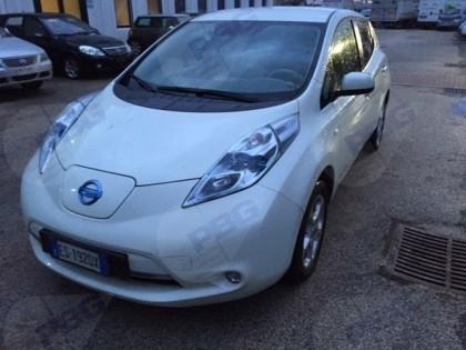 Fig 1 - Autovettura Elettrica Nissan L...