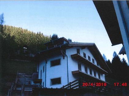 Fig 1 - Piena proprietà c.c. Predazzo,...