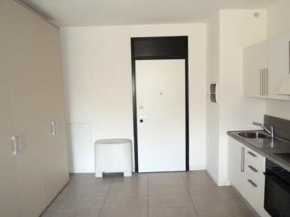 Fig 1 - Fig 1 - Unità immobiliare con annessi...