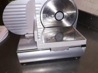 Credenza Per Microonde : Affettatrice microonde planetaria pc con monitor e tastiera