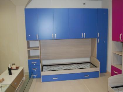 Letti Estraibili Bambini : Cameretta per bambini in legno completa di letto estraibile ad una