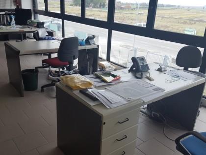 Arredamento Ufficio Pisa : Arredo scaffalature e materiale da ufficio vendita fallco aste
