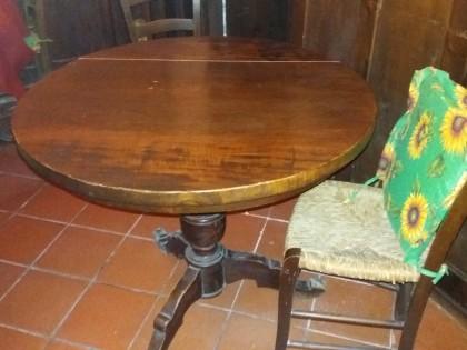 Tavoli In Legno Massello : 001 n.5 tavoli in legno massello. 002 n. tavolo legno massello. 003