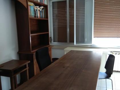 Fig 1 - Fig 1 - mobili libreria ,scrivanie , d...