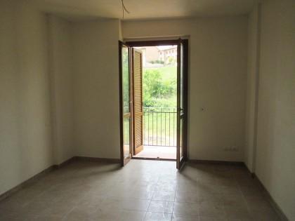 Appartamento posto al piano secondo composto da ingresso - soggiorno ...