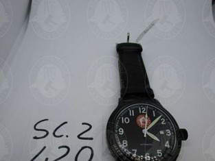 RF93217_19-1.jpg