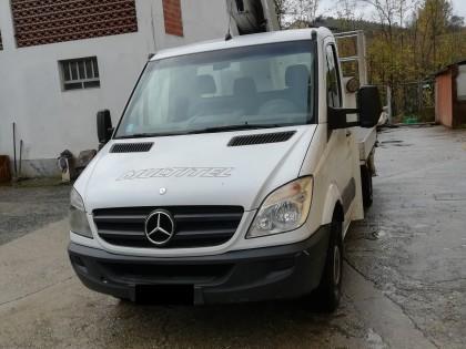 Fig 1 - Fig 1 - Autocarro Mercedes immatricola...
