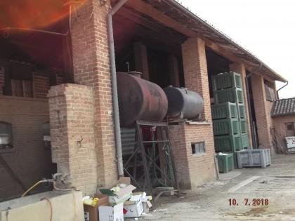 Fig 1 - Fig 1 - Nr. 2 cisterne per gasolioSi...