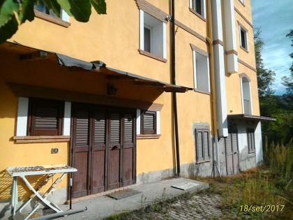 Lavanderia Bagno Di Romagna : Piena proprietà di appartamento posto al piano secondo seminterrato