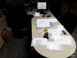 Scrivania In Legno Chiaro : N scrivanie in legno chiaro ad angolo h cm lungh m