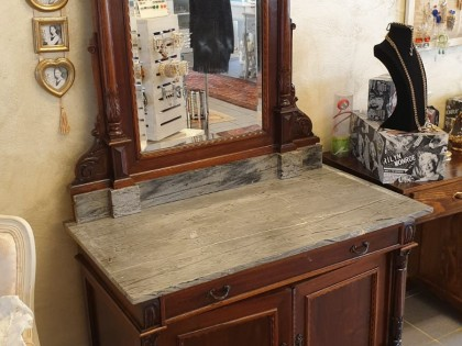 Credenza Con Marmo : Mobile consol con specchio cassetto e due ante legno ripiano