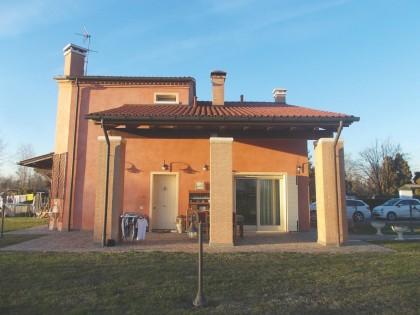 Fig 1 - Fig 1 - Villino con garage e giardino,...