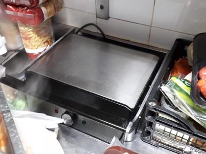 Fig 1 - Fig 1 - affettatrice, bistecchiera