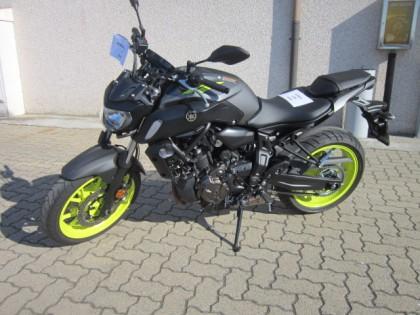 Fig 1 - Fig 1 - (Lotto n. 2) Motociclo YAMAHA...