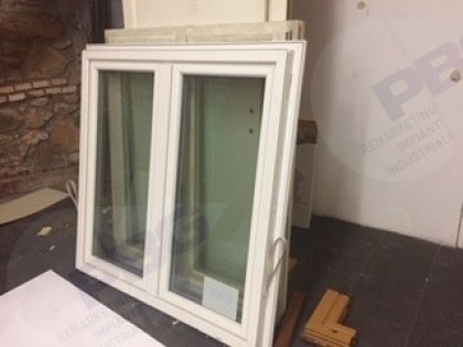 Fig 1 - Fig 1 - Porte e finestre di sala mostr...