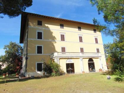 Fig 1 - Fig 1 - Villa padronale Già Hotel Vill...