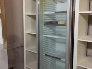 mobile con due frigoriferi (1).jpg