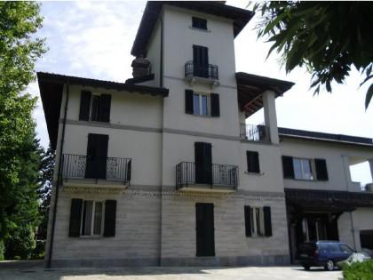 Fig 1 - Fig 1 - LOTTO 17 - Villa di pregio su...