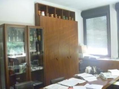 Fig 1 - Fig 1 - Arredi e mobili da ufficio e c...