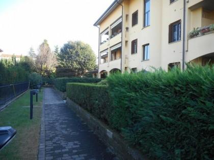 Fig 1 - Fig 2 - Appartamento con vano uso cant...