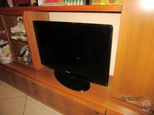 Fig 1 - Fig 2 - ARREDO CASA VARIO, UNA TV