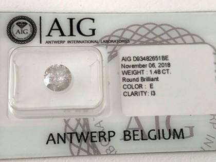 Fig 1 - Fig 3 - Lotto 5 - Diamante tondo, tagl...