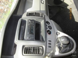 Fig 1 - Fig 3 - AUTOCARRO MARCA RENAULT MODELL...