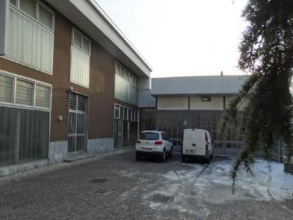 Fig 1 - Fig 3 - LOTTO A - Fabbricato sito in C...