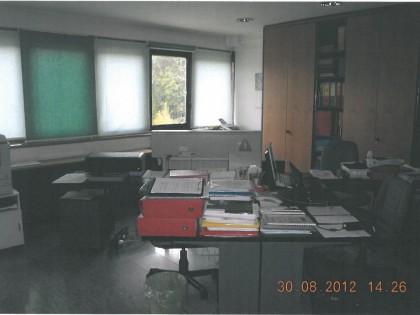 Fig 1 - Fig 1 - Trattasi di uffici e di un box...