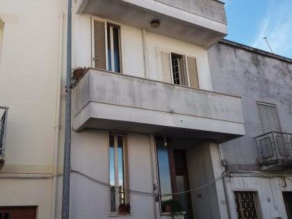 Edificio - via Duca Degli Abruzzi 16 - TAVIANO (LE).jpg