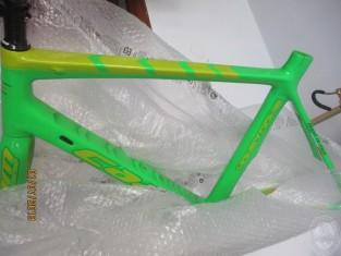 Fig 1 - Fig 2 - Biciclette + abbigliamento spo...