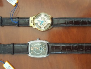 Fig 1 - Fig 1 - Quadri + orologi