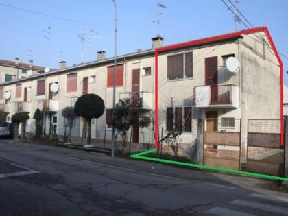 Fig 1 - Fig 1 - Piena proprieta' di edificio a...