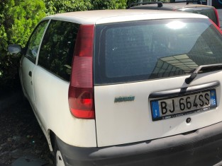 Fig 1 - Fig 3 - Autocarro marca Fiat modello p...