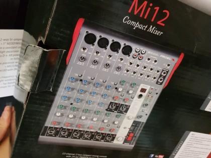 "Fig 1 - Fig 2 - MIXER MUSICA ""MI12"" - COMPOSER..."