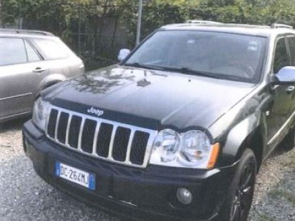 Fig 1 - Fig 1 - Autovettura Jeep Grand Cheroke...