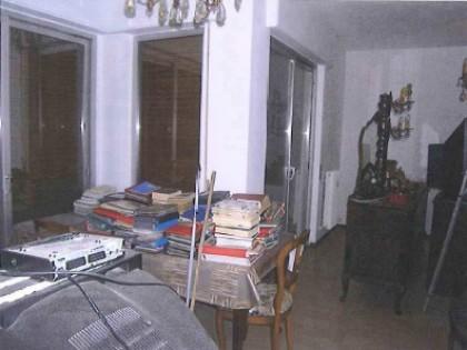 Fig 1 - Fig 2 - LOTTO UNICO - Appartamento