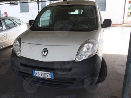 Fig 1 - Fig 1 - Furgone Renault Kangoo targa E...